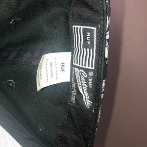 HUF Accessories - HUF Black Palm Print SnapBack Hat